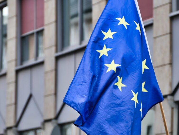 Arbetar du med unga och vill veta mer om hur EU fungerar?