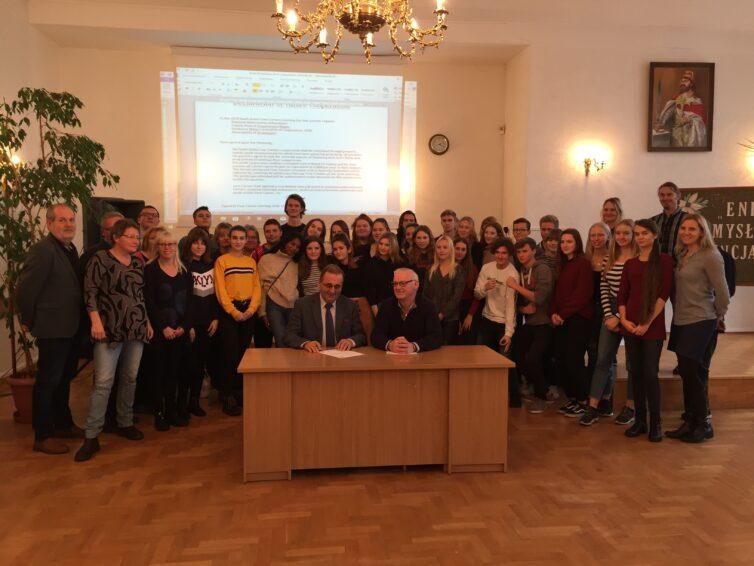 Sydskånska ungdomar möter unga i andra hörn av Europa
